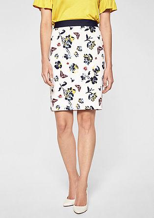 Krátká sukně skontrastním pasem