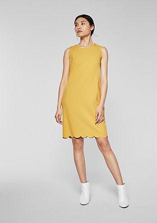 Elastische jurk met geschulpte zoom