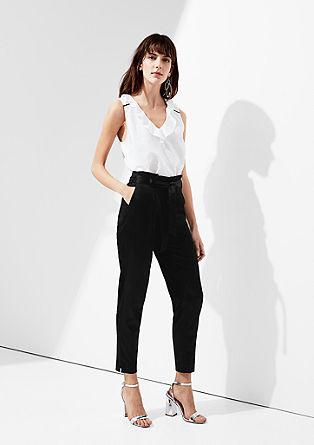 Rachel Straight: saténové kalhoty
