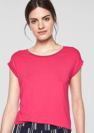 T-Shirt mit verziertem Ausschnitt