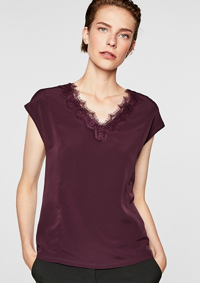 Blusenshirt mit Spitze