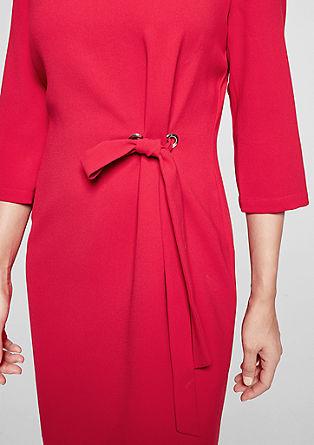 Krepové šaty s mašlí