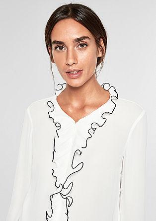 Crêpebluse mit Rüschen