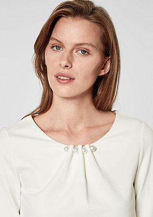 Elegantes Shirt mit Schmuckperlen