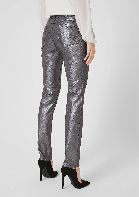 s.Oliver - Sienna Slim: Glänzende Jeans - 3