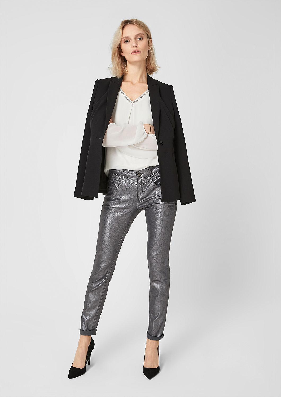 s.Oliver - Sienna Slim: Glänzende Jeans - 1