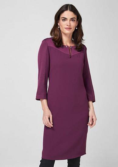 Crêpe jurk met sierparels