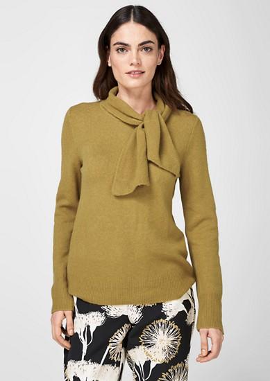 Gebreide trui met sjaalkraag