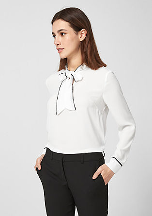 Chiffon blouse with a pussycat bow from s.Oliver