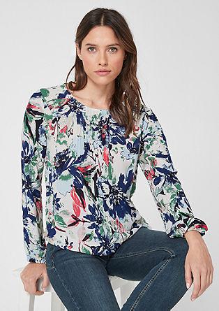 Bluzna majica z navpičnimi gubami