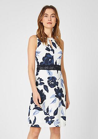 Figurbetontes Kleid mit Spitze