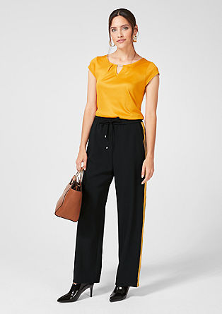 Charlotte Wide: trousers with side stripes from s.Oliver
