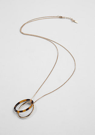 Long necklace with a ring pendant from s.Oliver