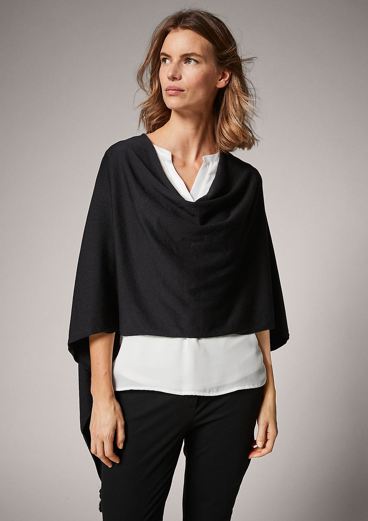 Fine knit poncho with tassels from comma