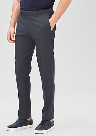 Slim: Fashionable pinstriped trousers from s.Oliver