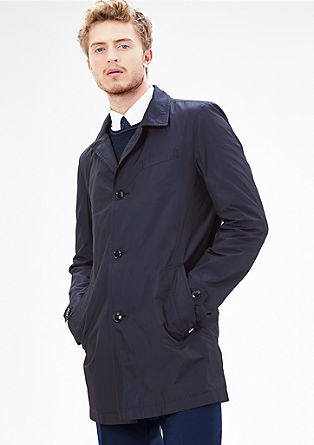 Slim fit: trenchcoat met glanzende look