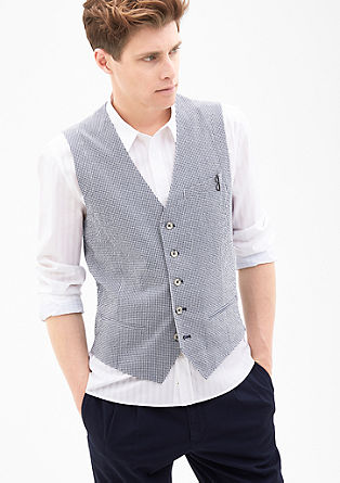Lightweight seersucker waistcoat from s.Oliver