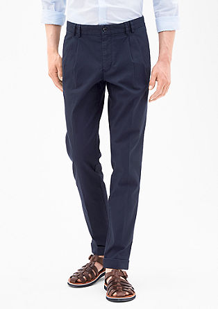 Slim: Finely textured trousers from s.Oliver