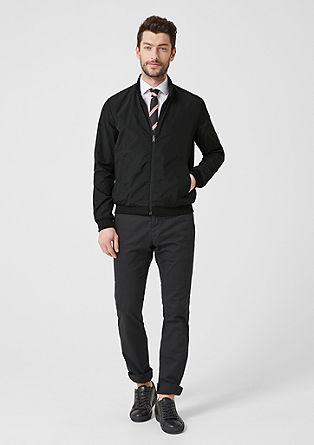 s. OREAL: obojestranska jakna v slogu bluzona