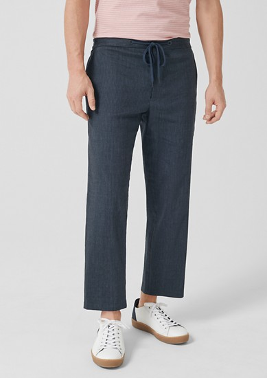 Relaxed: Linen trousers with pinstripes from s.Oliver
