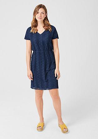 Kleid aus grafischer Spitze