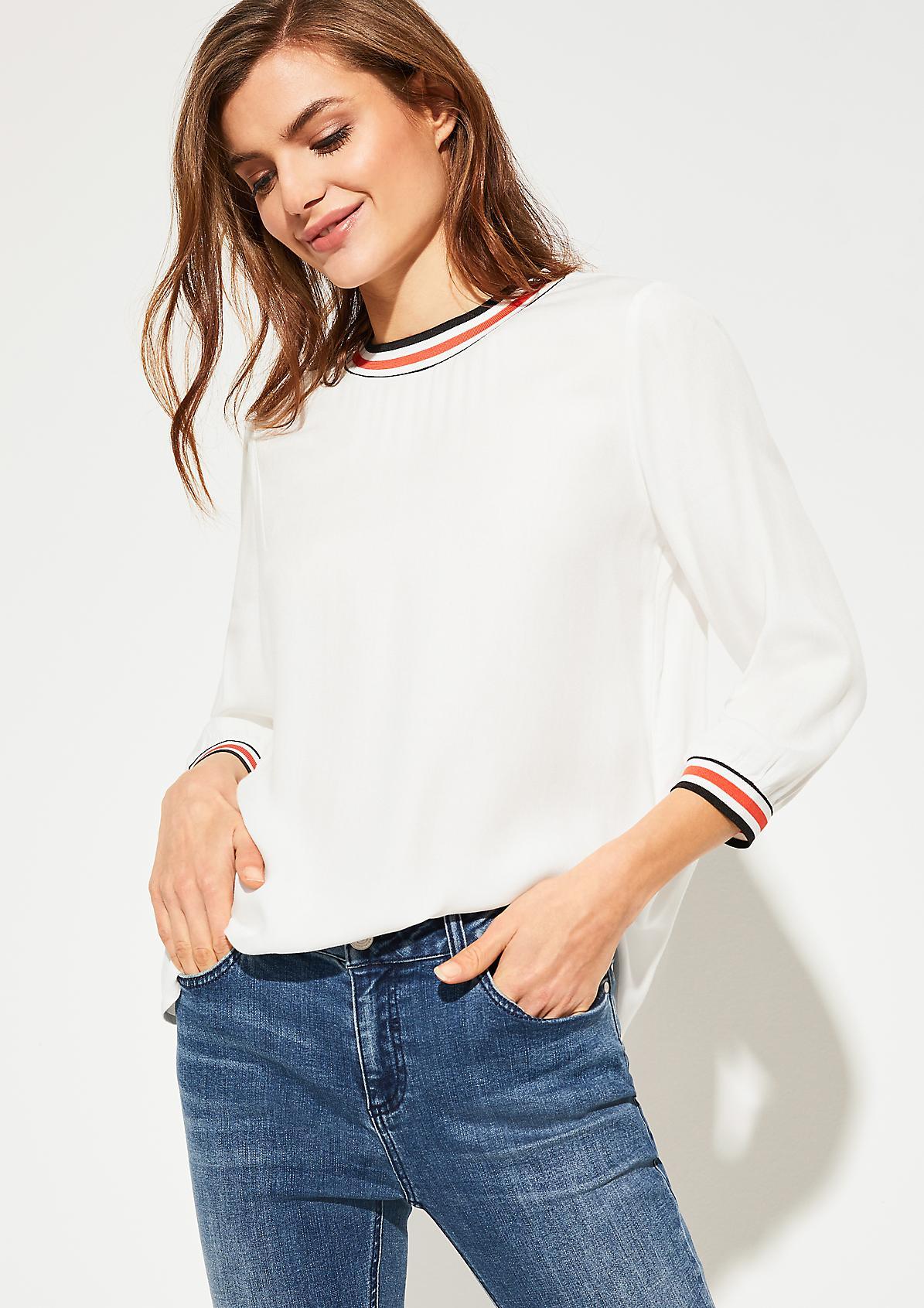 Bluse mit gestreiftem Stehkragen