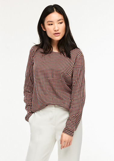 Modal blouse with a decorative op-art pattern from comma