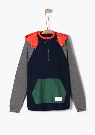 Pullover mit abknöpfbarer Kapuze