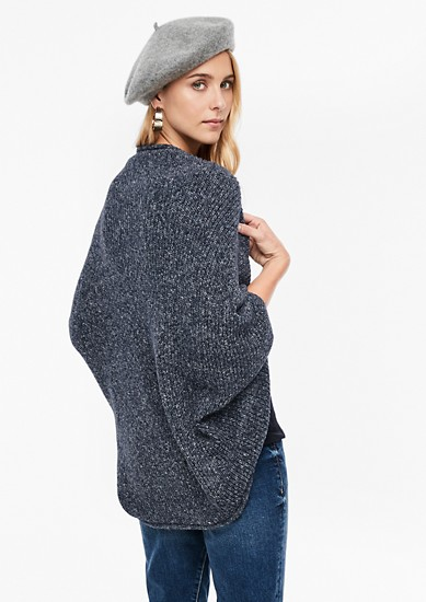 Offener Grobstrick-Poncho