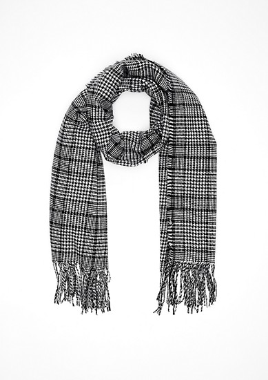 Woven scarf in a Prince of Wales check style from s.Oliver