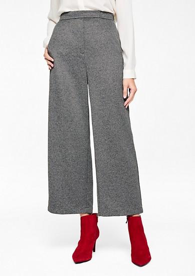 sproščene 7/8 hlače s teksturo