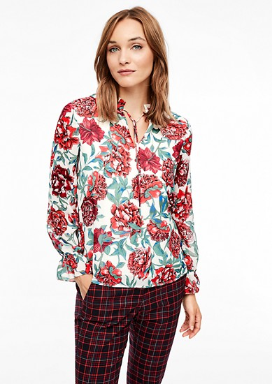 Chiffon blouse met ruches als details