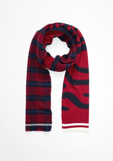 Scarf with a logo and a check pattern from s.Oliver