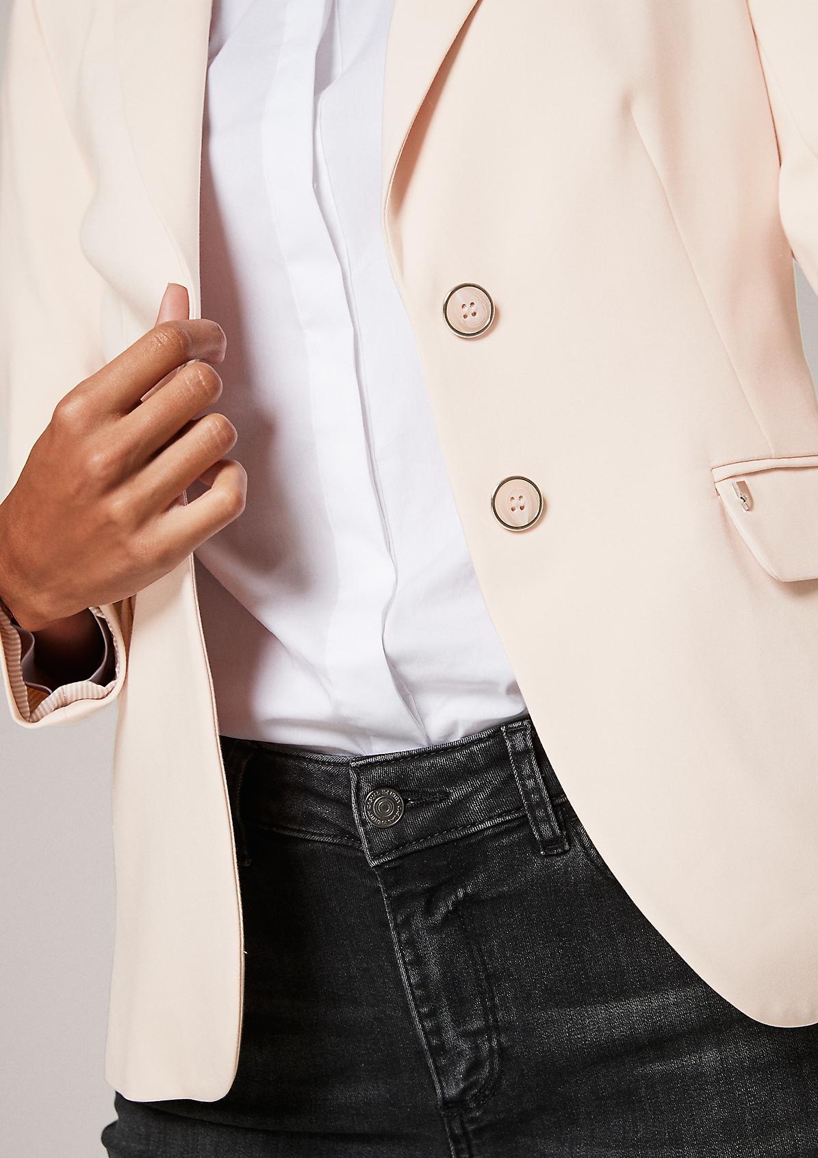 Blazer im klassischen Look