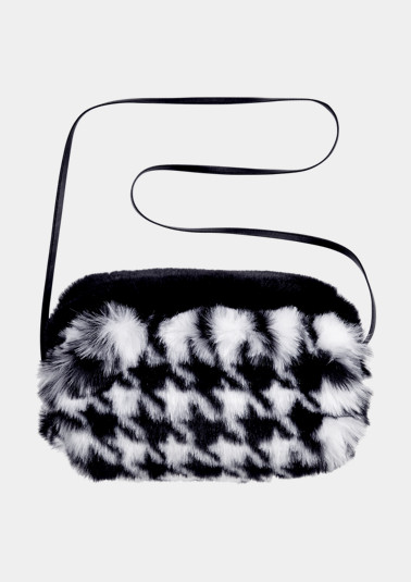 Cosy faux fur muff from comma