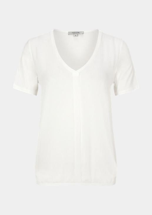 T-Shirt mit Layering