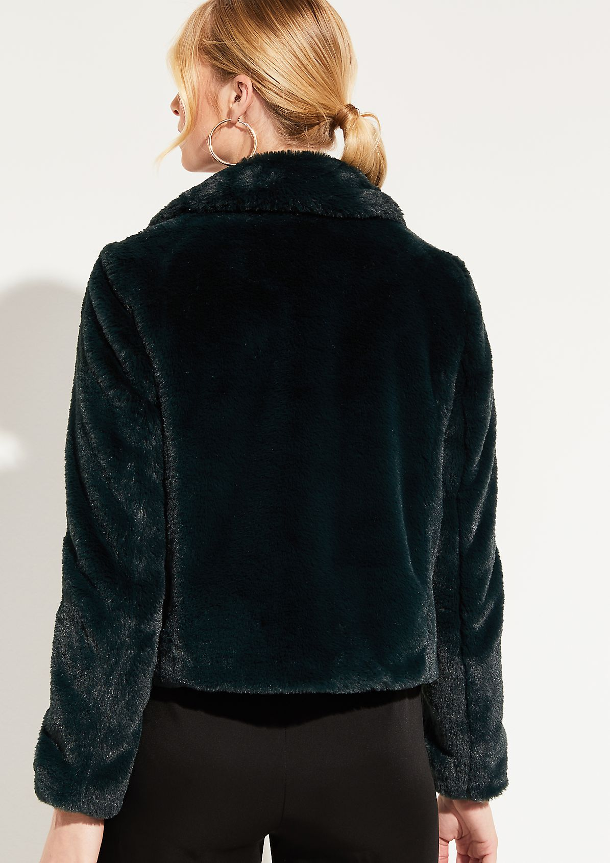 Jacke aus kuscheligem Fellimitat