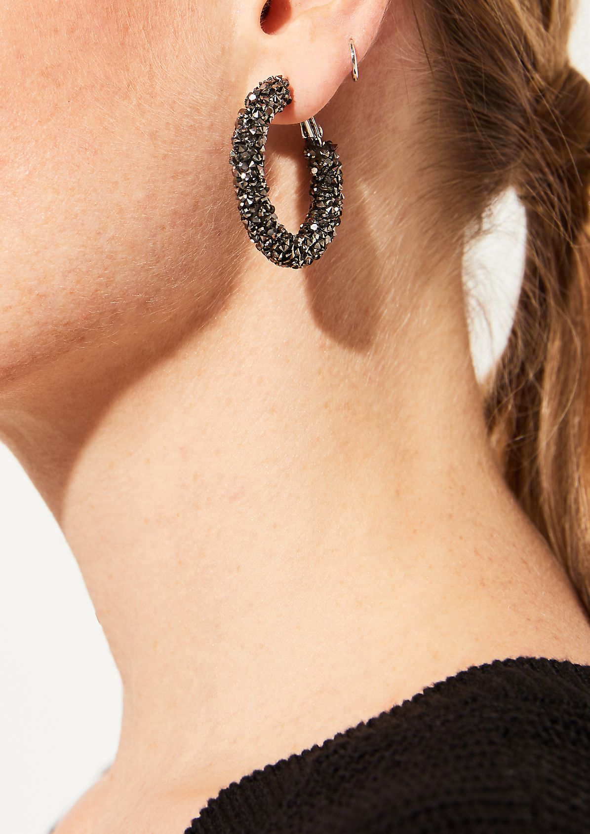 Hoop earrings with sparkling rhinestone embellishments from comma