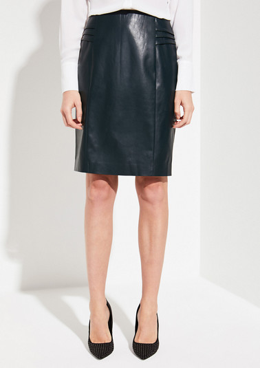 Elegant faux leather skirt from comma