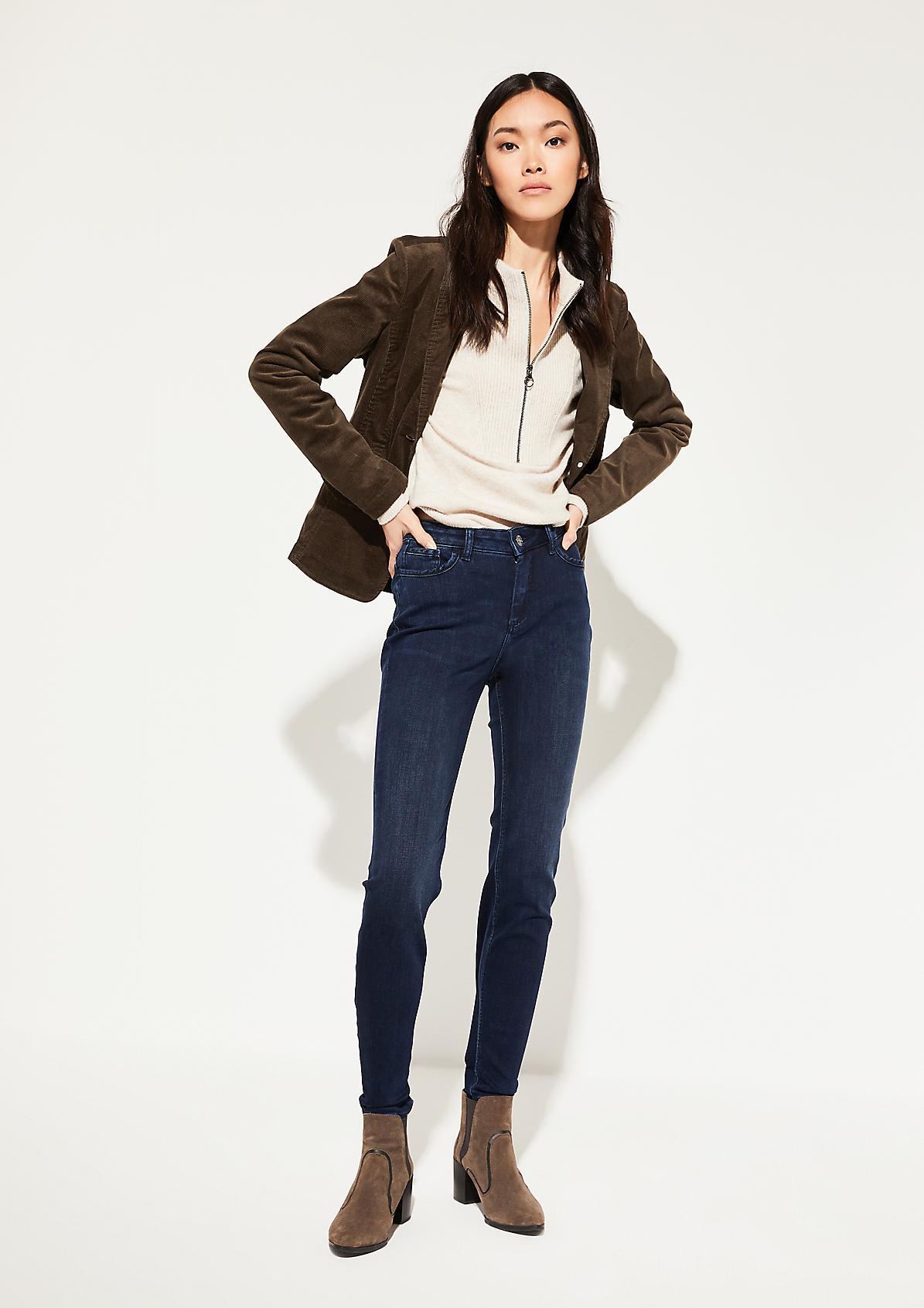 Jeans im dezenten Used-Look