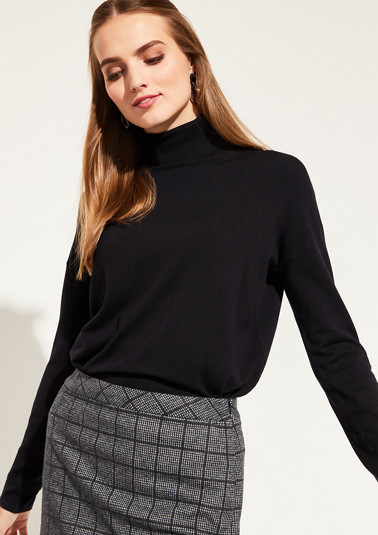 Fine knit jumper with a high polo neck from comma