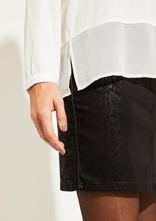 Bluse im aufregenden Materialmix