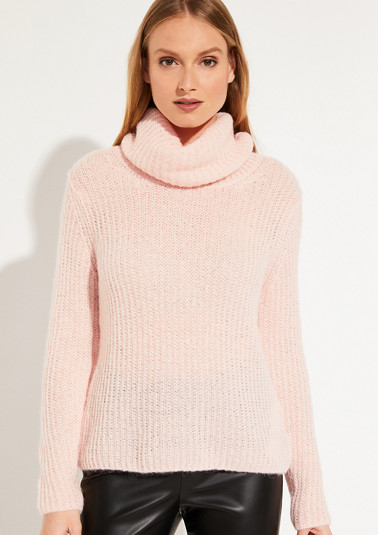 chunky knit jumper with a cowl neckline from comma