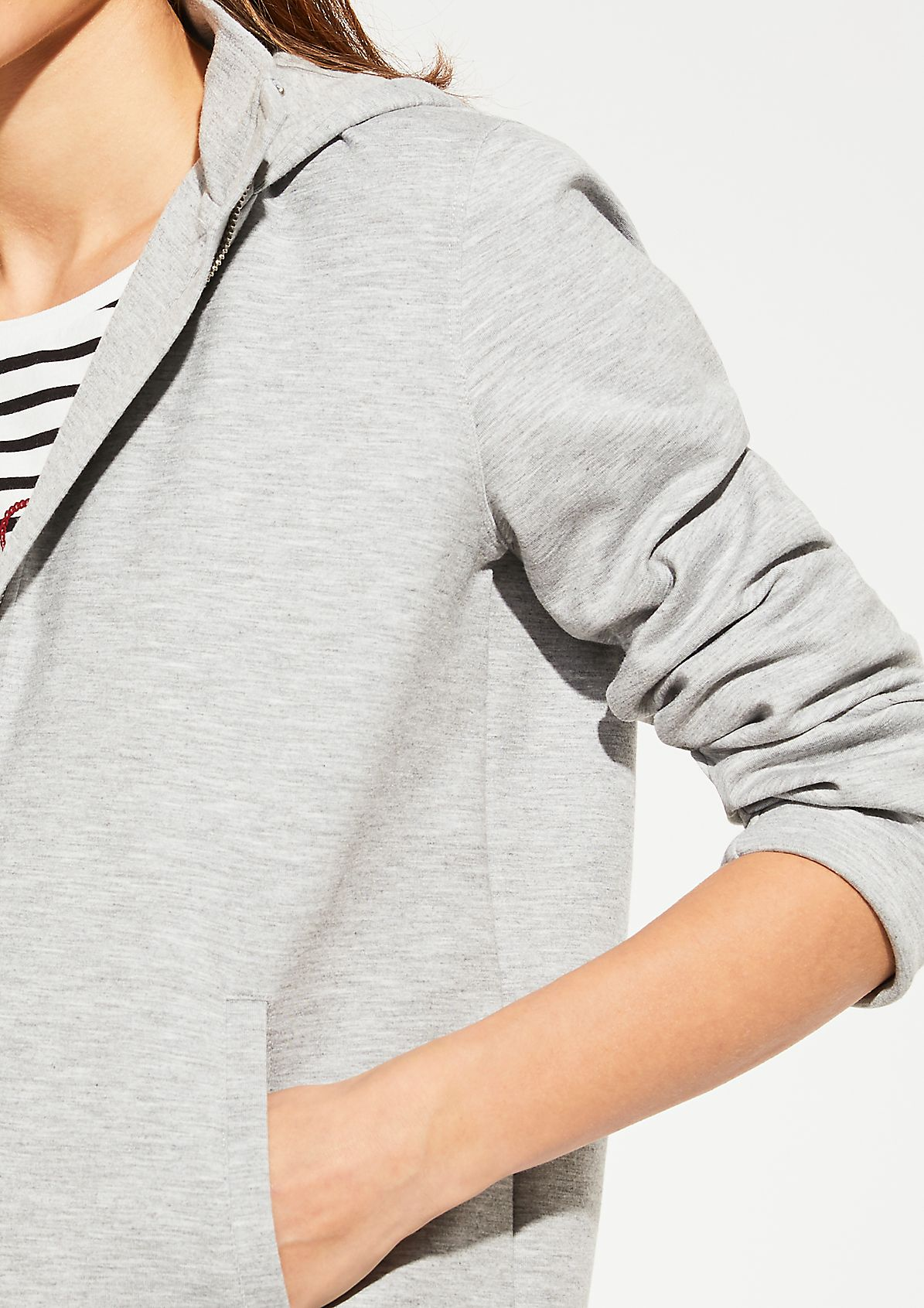 Sweatshirt fabric in an athleisure style from comma