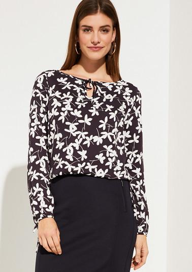 Bluse mit modischem Musterprint