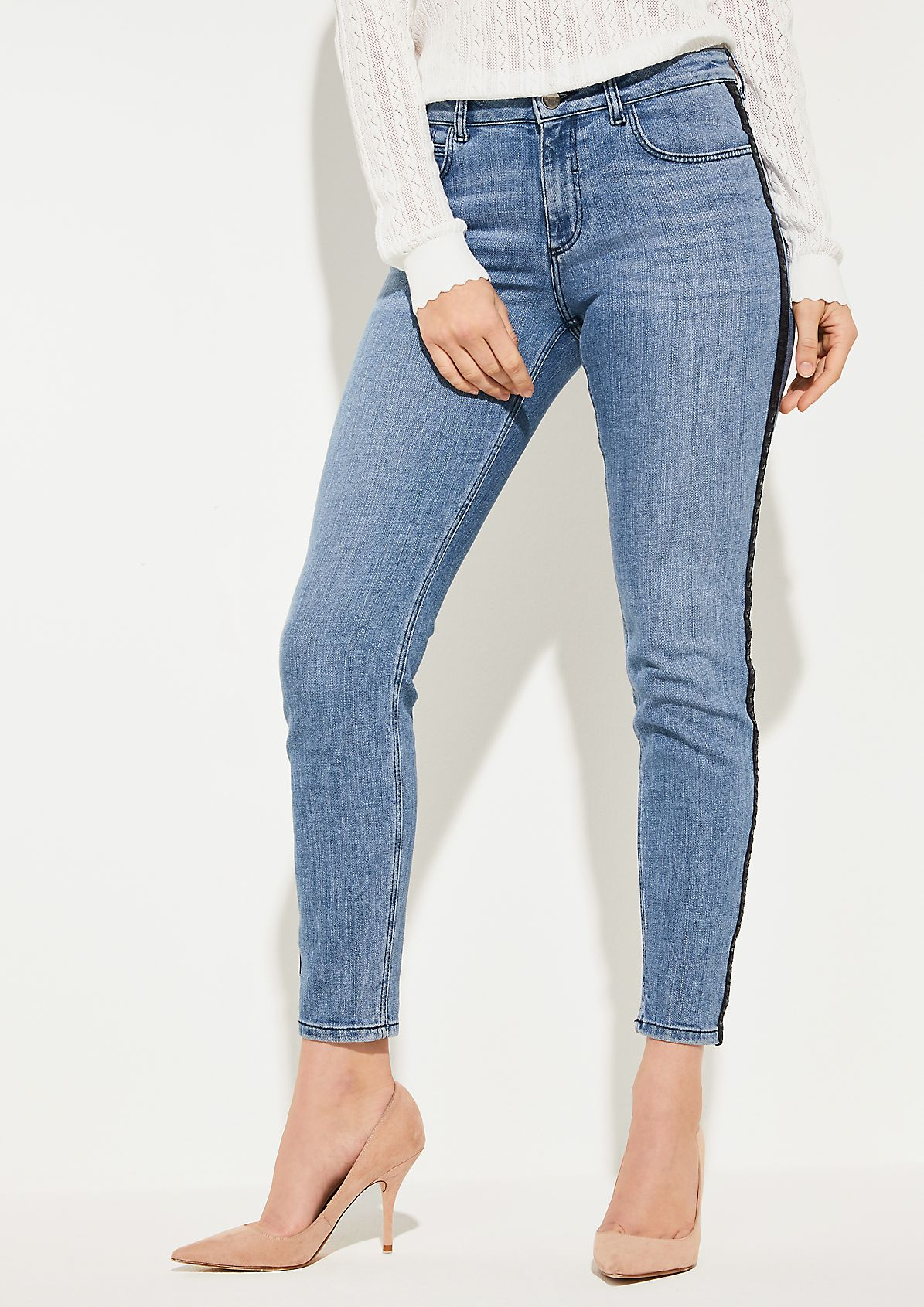 Slim Fit: Jeans mit Tape
