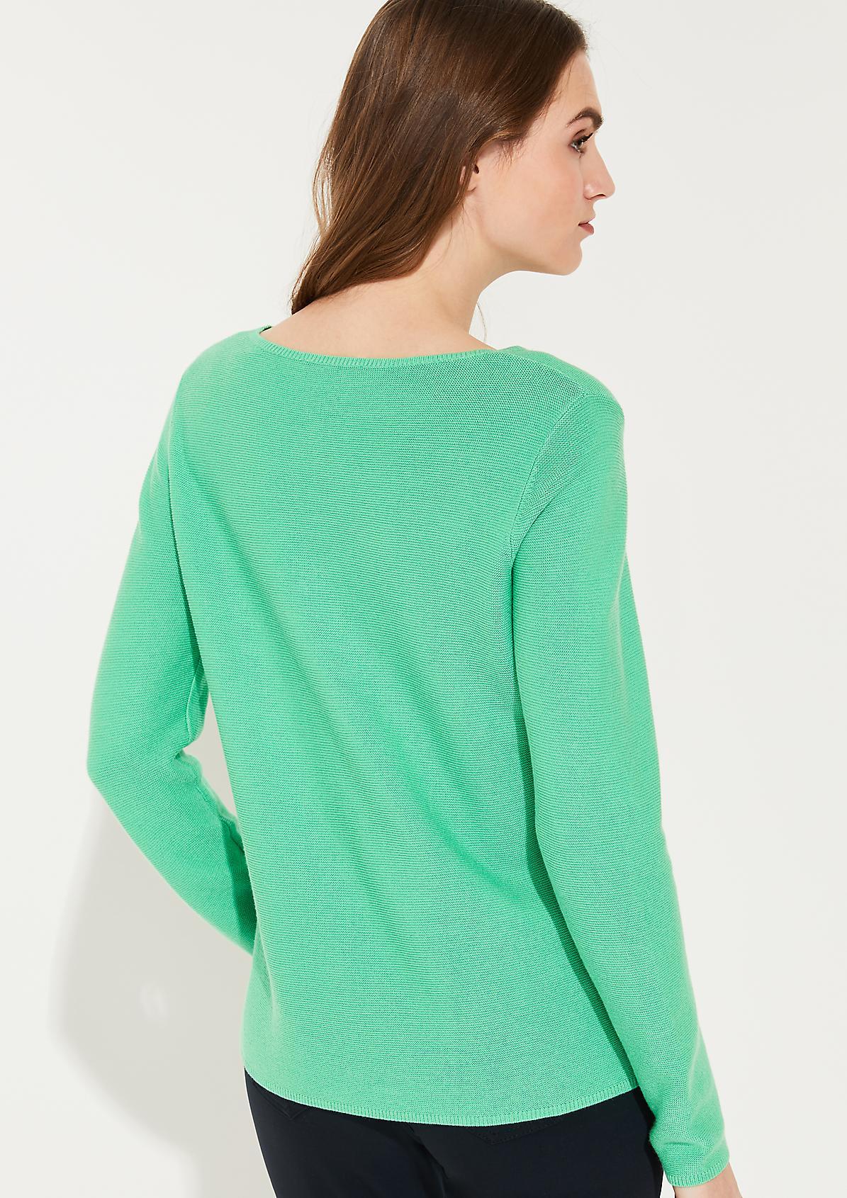 Leichter Feinstrick-Pullover