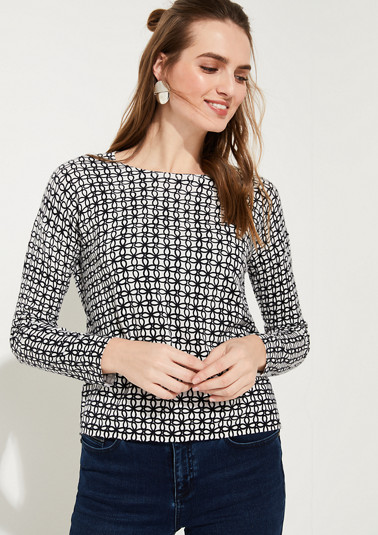 Lightweight jumper with an all-over print from comma