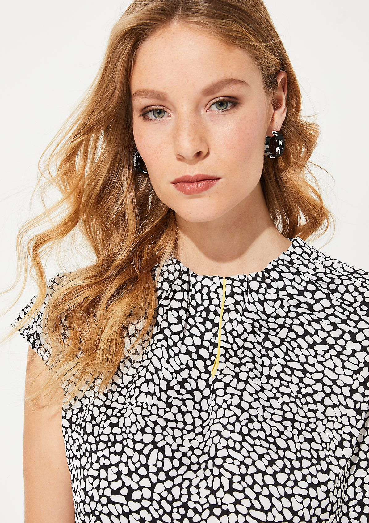 High-neck satin blouse from comma