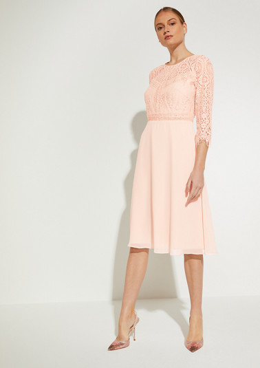 Dress made of chiffon and lace from comma